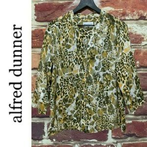 ALFRED DUNNER ANIMAL PRINT ABSTRACT BLOUSE